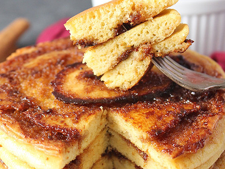 Cold Weather, Warming Foods: Paleo Cinnamon Roll Pancakes