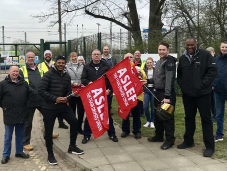 ASLEF members on Croydon Tramlink strike today.
