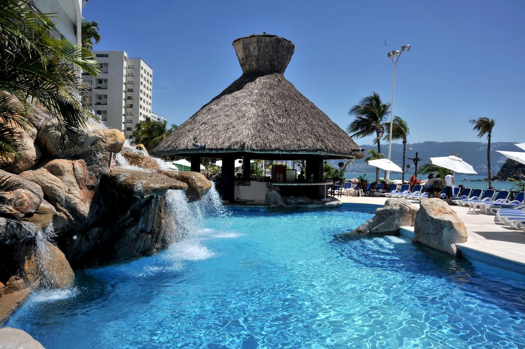 viajesjumbo_mexico_acapulco_gran plaza 5