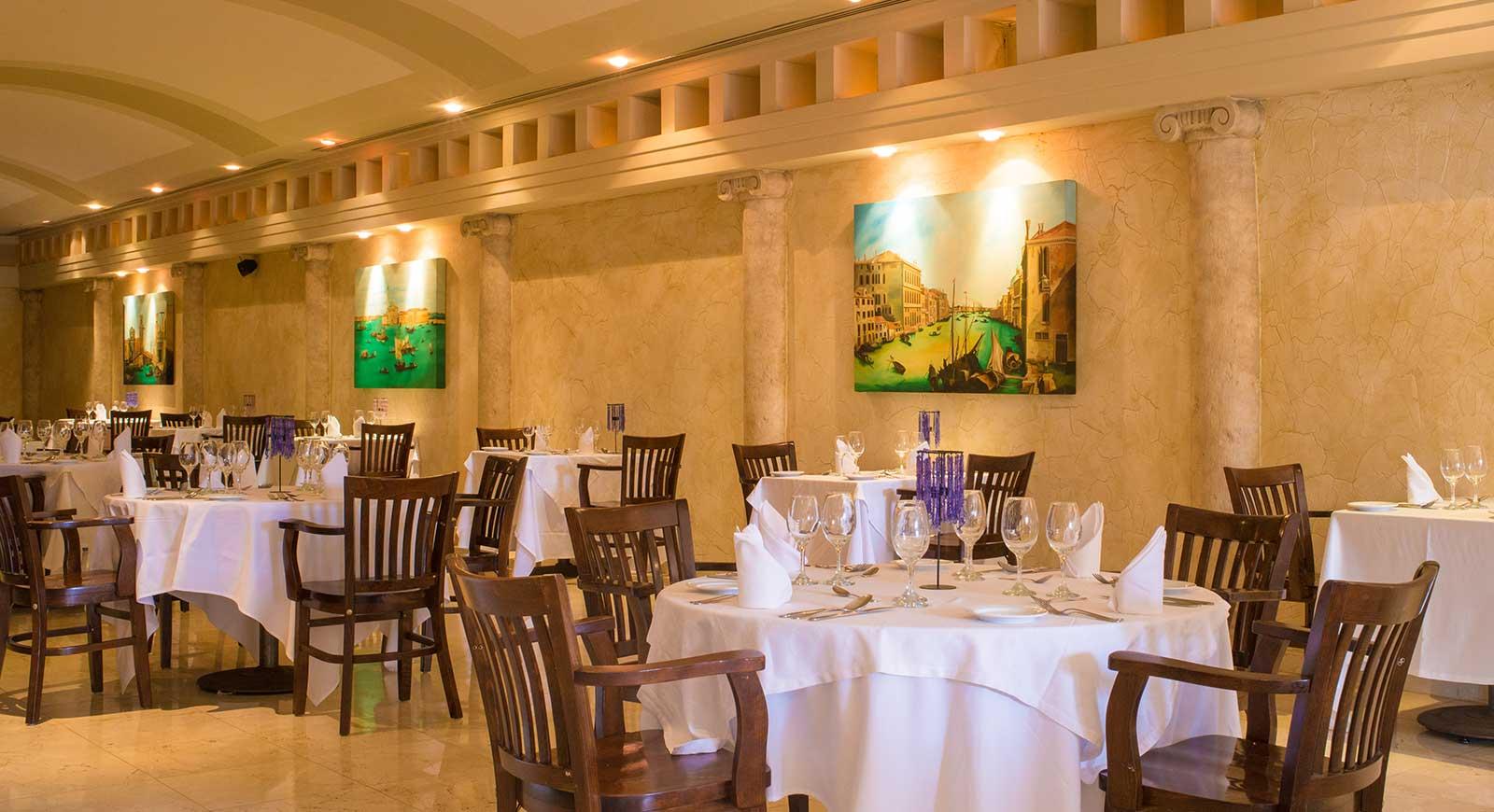 363-restaurant-11-hotel-barcelo-grand-fa