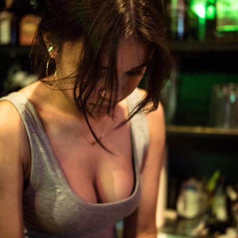 Mustang_Graceboobs-drinkOlogo.jpg