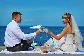Bridal couple by sea.jpg