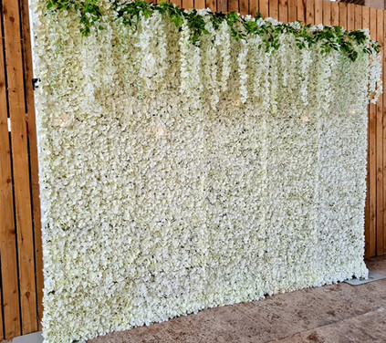 Flower wall with wisteria