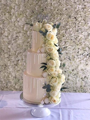 Cake flower wall..