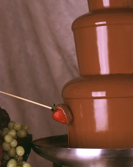 Chocolate Fountain (Med 100-150)
