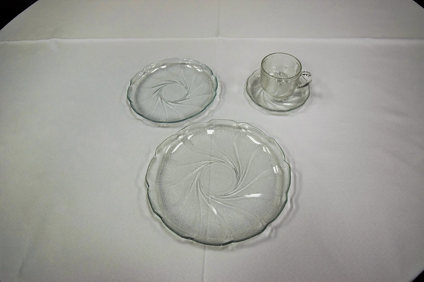 "Plate 9"" Swirl Glass"