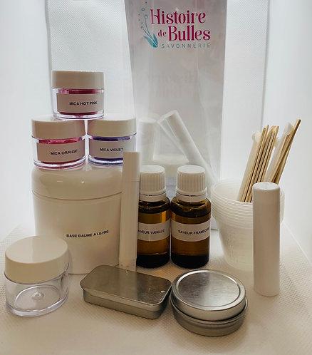 Ensemble fabrication de baumes à lèvres menthe et cerise