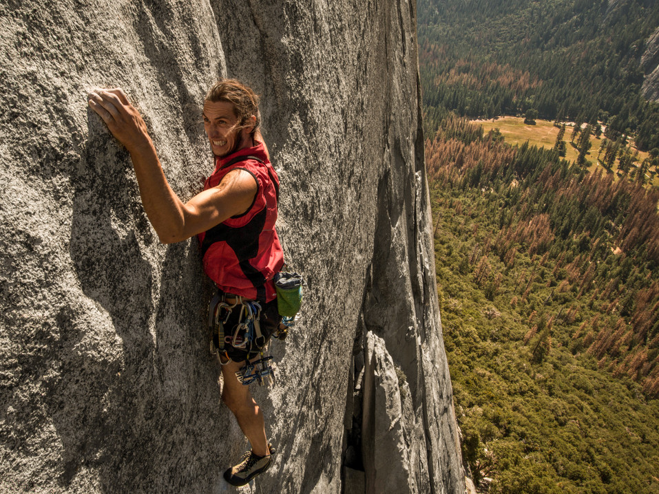First pitch of Lurking Fear, first days, strong motivation, a lot of energy just a bit of jet lag and thousand meters of granite to conquer !