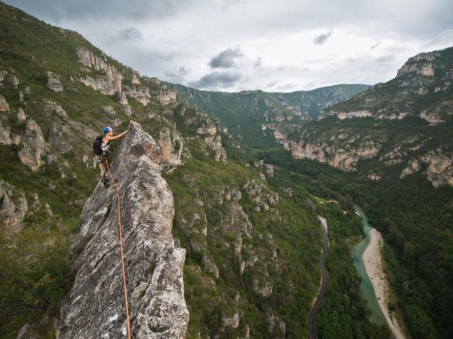 Jeremy Niard in Roc Aiguille, Gorges du Tarn, France