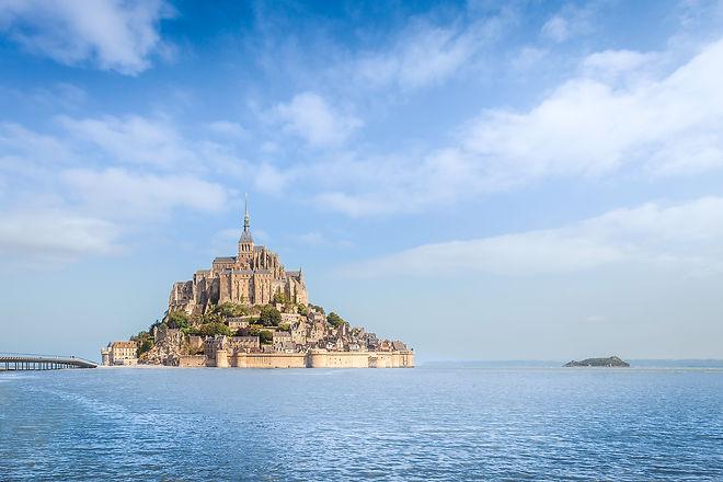 The Mont-Saint-Michel high tides Sabina