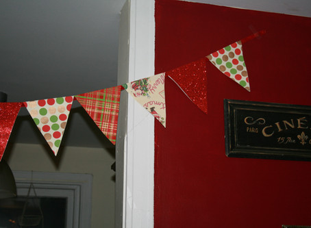 DIY Christmas Banners! For Every Era-themed Dinner Imaginable! (or just two)
