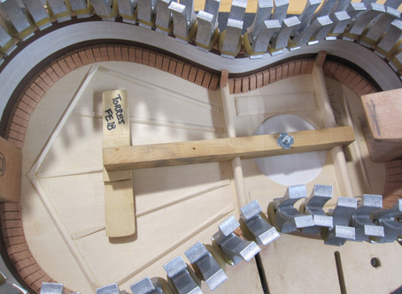 Building my 1852 Torres replica - top bracing and inside the box