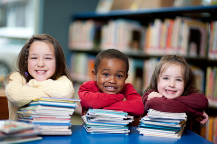 本と幸せな子供たち