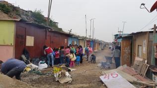 """""""Andiamo in Peruferia"""": in agosto campagna medica e aiuto ai poveri di Lima"""