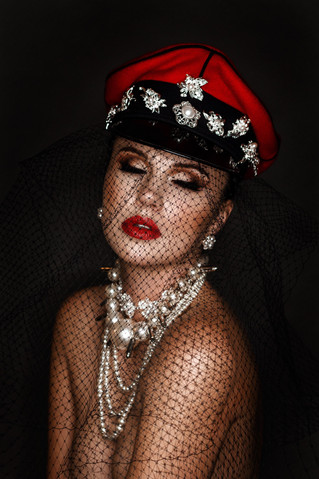 Photographer: Kesley Moorefield Model: Margarita Karizskaja Makeup: Rachel Madison
