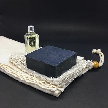 Anthracite coal soap