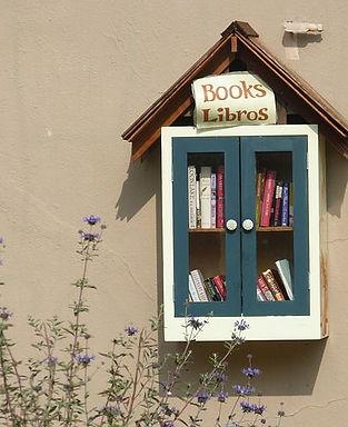 books-1332428__480.jpg