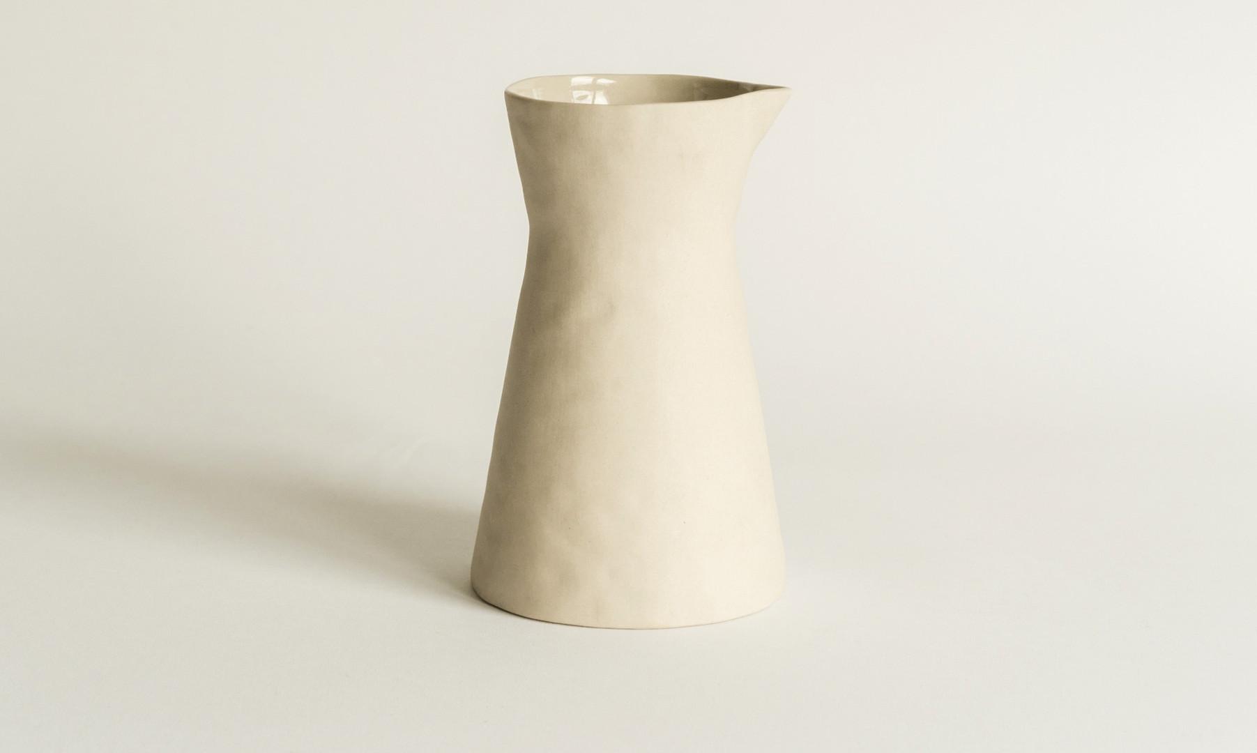 amaï Water Pitcher, Vase