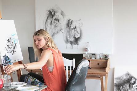Jaimee Paul, art for purpose, animals, northern beaches, Sydney, artist, photography session, artist studio, by Gabby Villalba, Kayapa Creative Studio