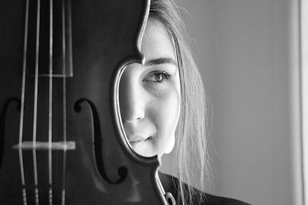 Corina Behrens, Musician, Photo by Gabby Villalba, Kayapa Creative Studio, Sydney, St Ives, Violin, Mis Raices Venezolanas, Photography,