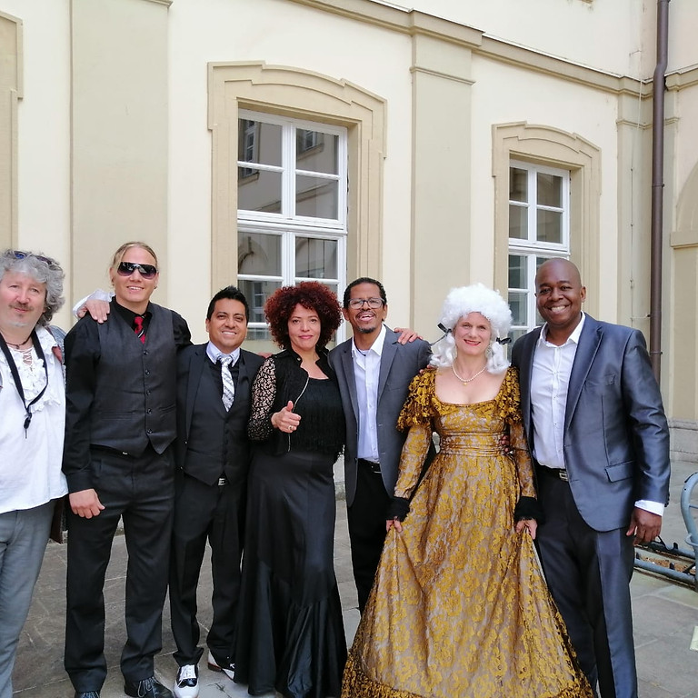 """Reportage über Orquesta Salsamanía mit unserem Projekt """"Mozart meets Latin"""" des BR"""