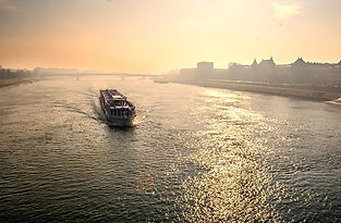 budapest-2043113_640.jpeg