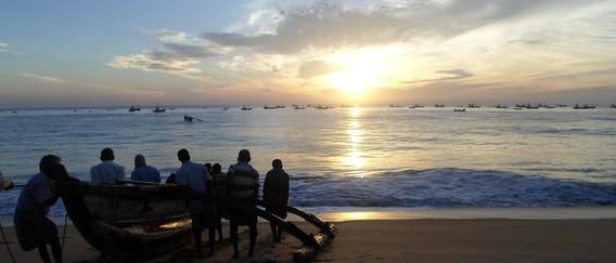 Sri-Lanka_beach-181872_1920.jpg