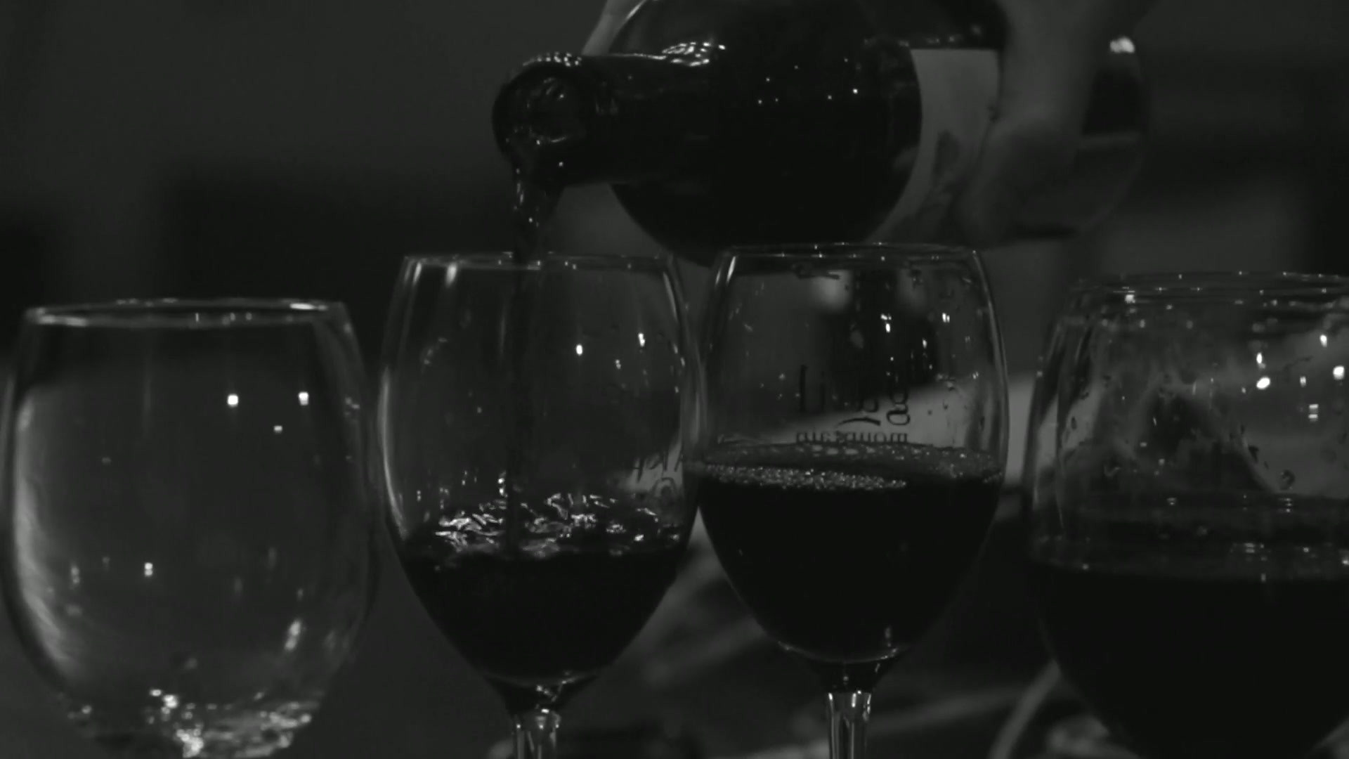 Wine Glasses - 1633.mp4