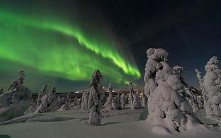 aurora-borealis-2959663_640.jpeg