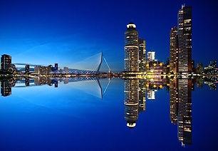 skyscrapers-1598418_640.jpeg