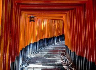 fushimi-inari-shrine-1886975_640.jpeg