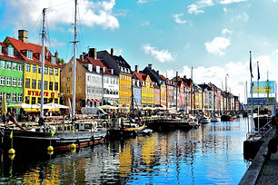 nyhavn-district-1119123_1920.jpg