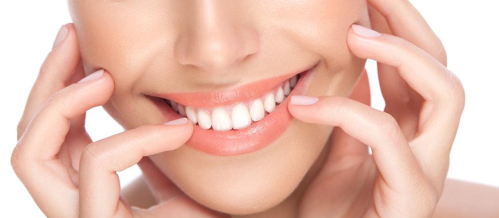 Beautiful Smile Dentist in Montebello.jp