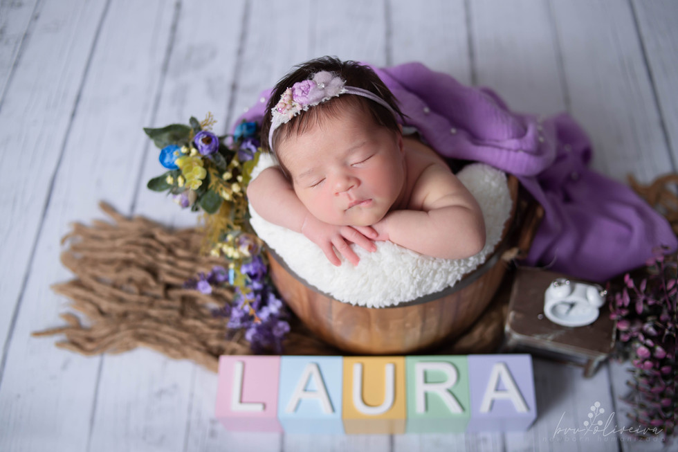 21326-Laura-14.jpg