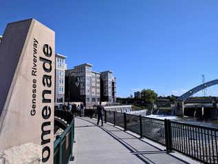Promenade Public Walkway