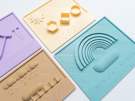 Caleb hsus 3D-prints braille picture books for the visually impaired