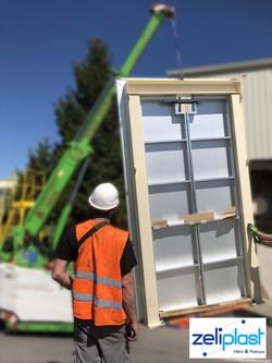 Placement d'une porte en aluminium