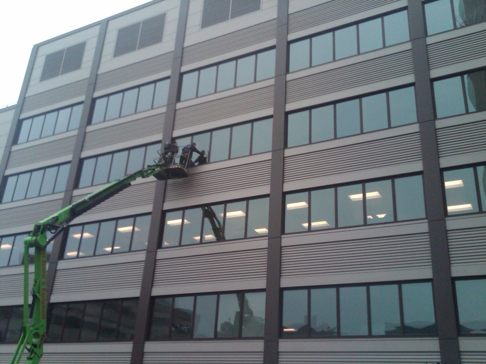 window cleaning boom.jpg