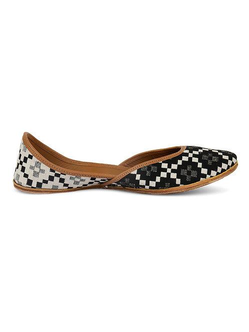 Checkers- Black Jacuqard Fabric Juttis