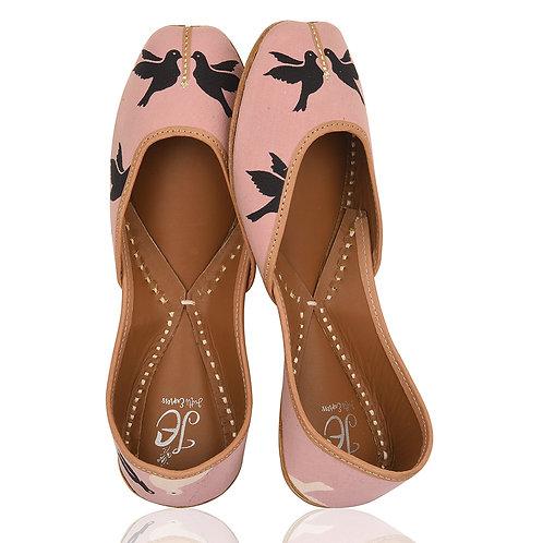Pink Birdie Juttis