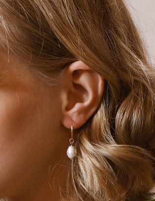 Venez découvir notre collection de boucles d'oreille specialement créés pour vous