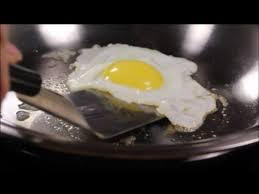 HOW TO COOK EGGS?