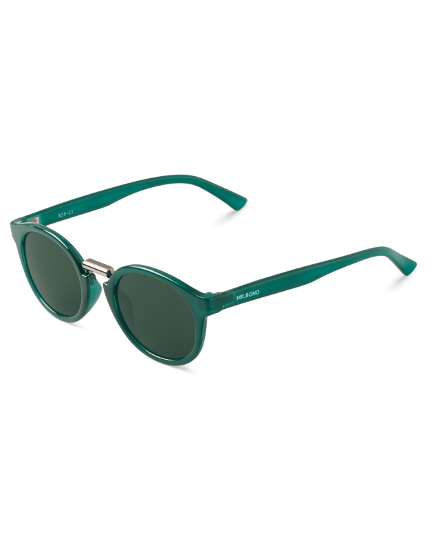 emerald-fitzroy-with-classical-lenses