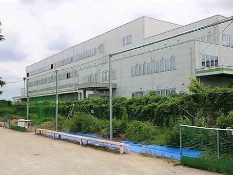 テニスコートに防球ネットを設置しました。(愛知県内・中学校)