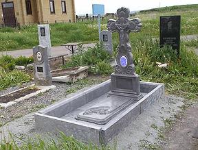 тротуарный бордюр для оформления могил