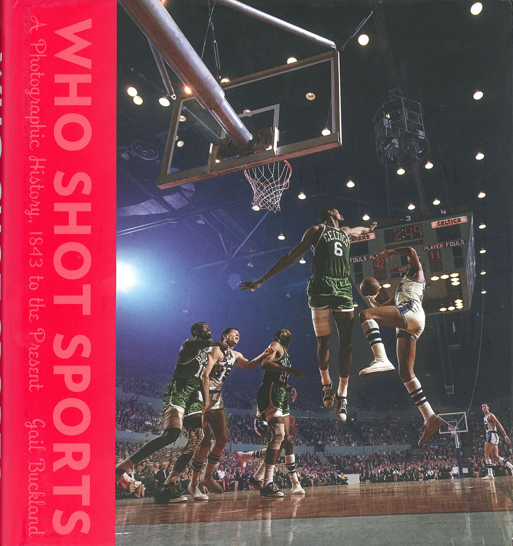 Who Shot Sports: A Photographic History, 1843 to the Present     2016     Alfred A. Knopf, New York     ISBN 978-0-385-35223-9     (W 25.0 cm H 26.6 cm)