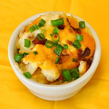 Scalloped Potatoes with Bacon & Cheese Side