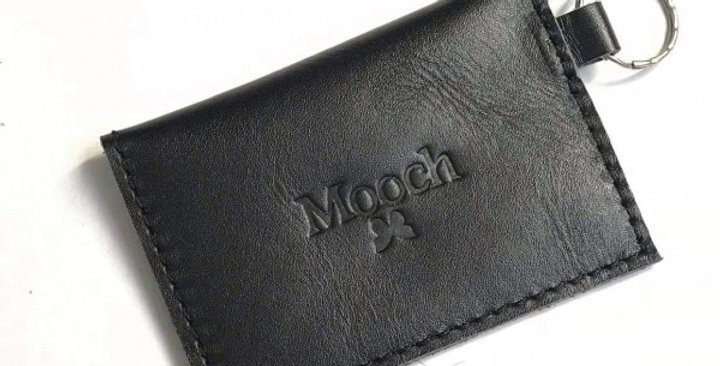 Mooch Bali wallet Hitam shine