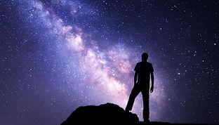hombre-ante-el-universo.jpg