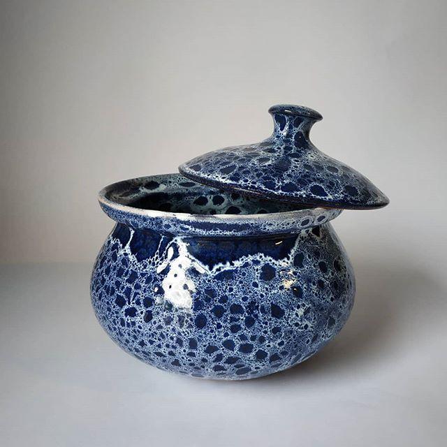 Handmade lidded jars 🎇 . .